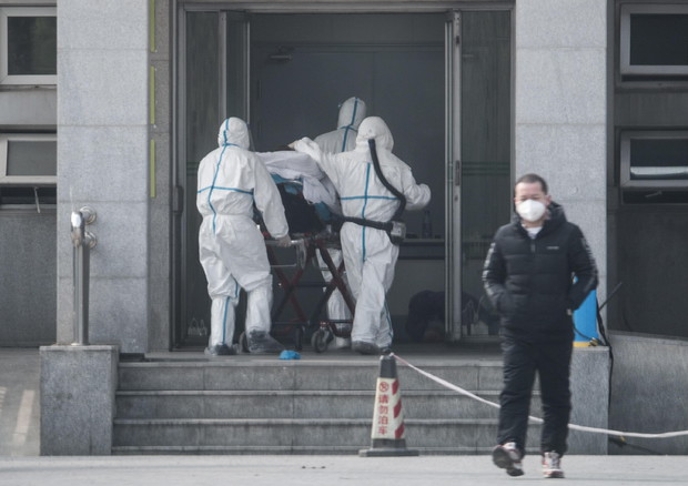 Virus in Cina, puo' passare da uomo a uomo