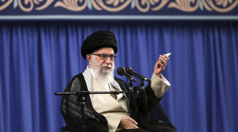 "Iran, Khamenei: ""Francia, Gb e Germania malvagi e spregevoli"""