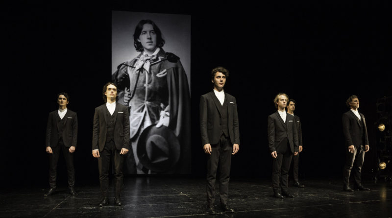 Teatro Bellini di Napoli, dal 28 gennaio al 2 febbraio,  'Atti osceni. I tre processi di Oscar Wilde',  di Moisés Kaufman