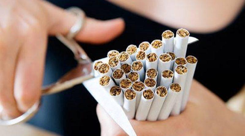 Milano, sarà vietato fumare alle fermate di autobus e tram
