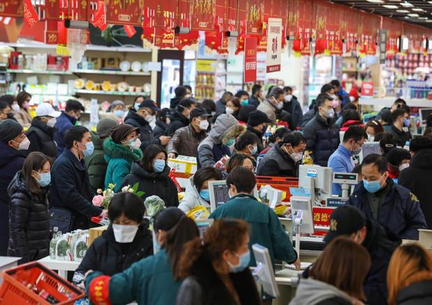 Virus Cina: Xi, situazione grave, l'epidemia accelera