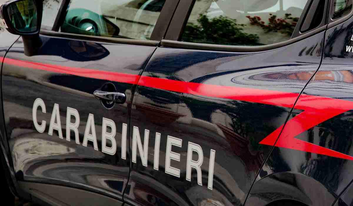 Napoli, maxi operazione anti droga tra Casoria e Caivano: 55 arresti