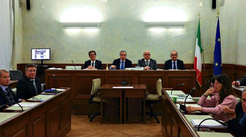 Gregoretti: Giunta Senato, ok a processo a Salvini. La maggioranza diserta il voto