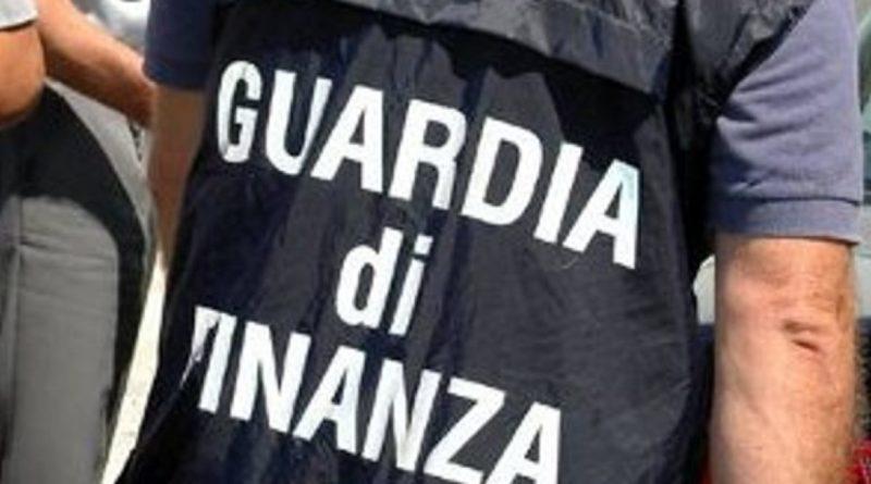 Traffico internazionale di gasoliio, sgominata banda in Italia