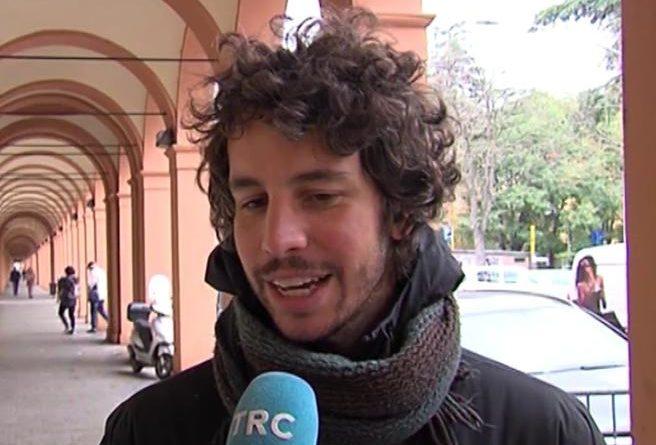 """Santori (Sardine) annuncia il """"punto di svolta per la politica"""""""