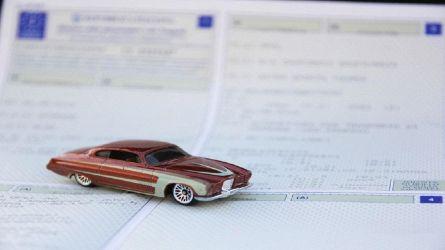 Cambia il passaggio di proprietà auto