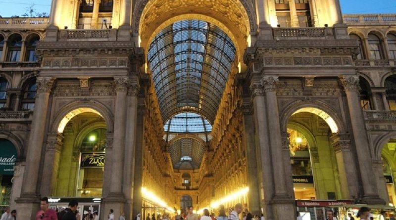 Milano, Galleria Vittorio Emanuele II, colpo milionario di Fendi e Dior