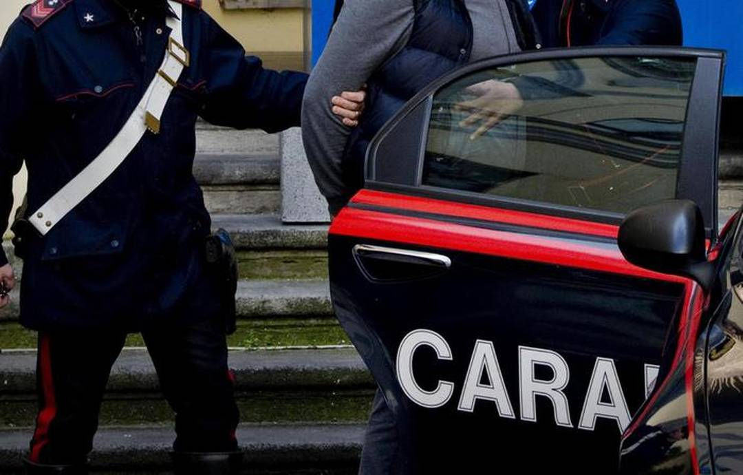 Camorra: interessi Casalesi in alimentare, 12 misure cautelari