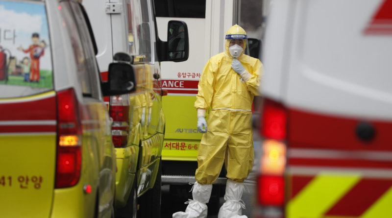 Cina: sale a 2.592 il bilancio delle vittime, 77.150 le infezioni