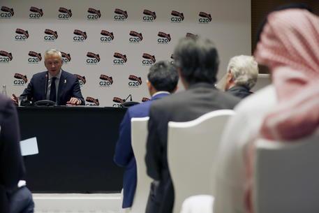 Coronavirus irrompe al G20, piano d'azione per difendere economia