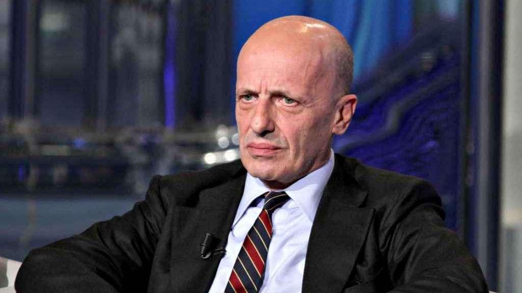 Il 'giallo' delle dimissioni di Sallusti dalla direzione  del 'Giornale'