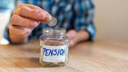 Pensioni, scattano i tagli: assegni più bassi dal 2021