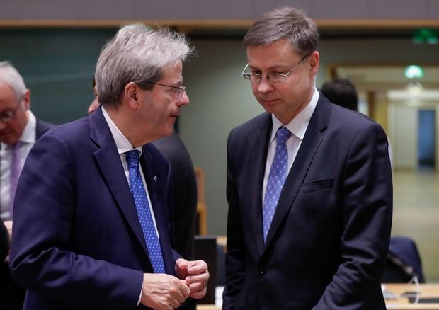 Eurogruppo: Olanda, niente Eurobond, sì a Mes ma con condizioni
