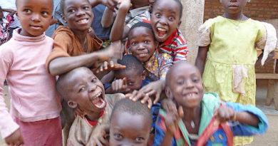"""Coronavirus, Unicef: """"200 mln bambini in Paesi schiacciati dal debito"""""""