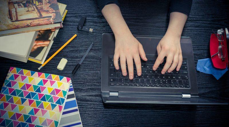 Didattica on line: al Sud 4 famiglie su 10 non hanno pc o tablet. Come si può studiare?