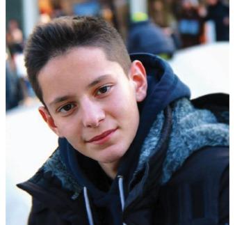 CAPTAINBLAZER,  il giovane youtuber di 'WHAT THE FACTORY' raggiunge un milione di iscritti sul suo canale Youtube