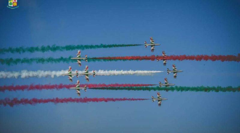 Al via il Giro d'Italia delle Frecce Tricolori