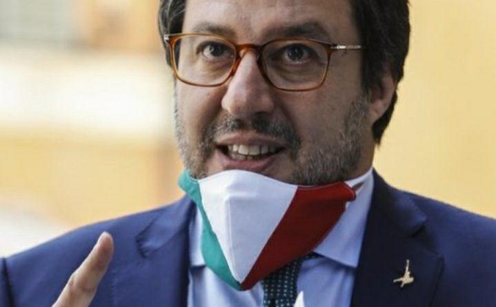 Open Arms : la giunta dice NO al processo per Salvini