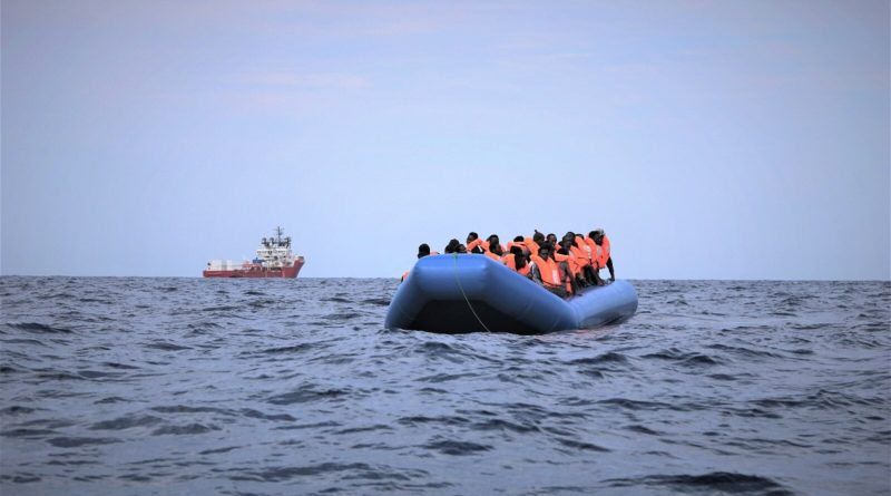 Migranti, Mediterranea: impedito imbarco team soccorso, Mare Jonio bloccata