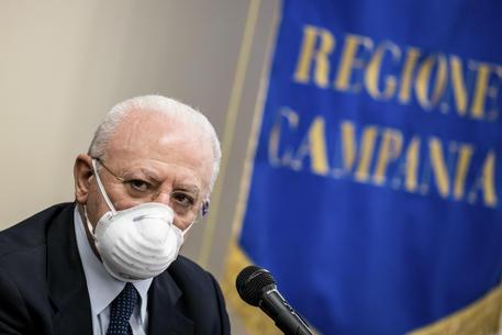 Coronavirus: ultime dalla Campania, quarantena obbligatoria per chi rientra dall'estero