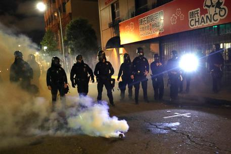 Proteste in Usa, agente ucciso a Oakland