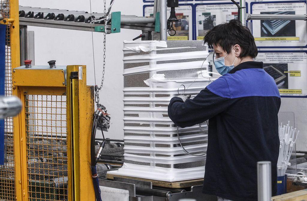 Lavoro: -470.000 occupati nei primi tre trimestri 2020