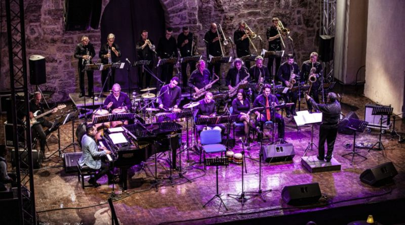 Christian Tumalan, vincitore del Grammy Award per la prima volta a Palermo in esclusiva europea. venerdì 5 giugno online sulla Brass Webtv con l'OJS