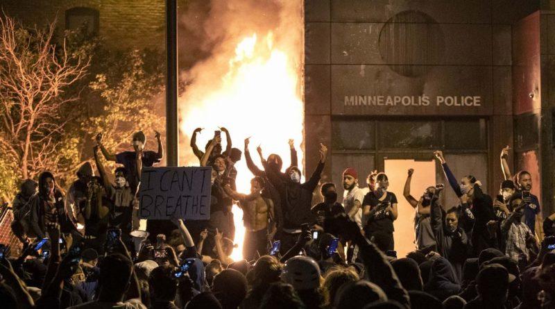 Usa, morte Floyd, ottava notte di proteste, calano violenze