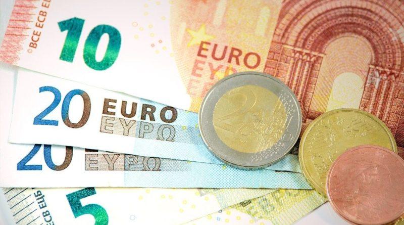 Via libera al decreto agosto, bonus ristorazione da 2.500 euro