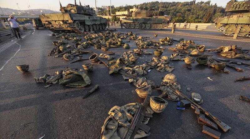 Turchia: emessi mandati d'arresto per 118 persone per legami con Gulen