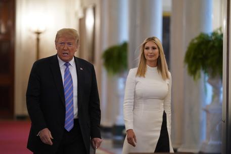 Trump e Ivanka reclamizzano fagioli, polemica