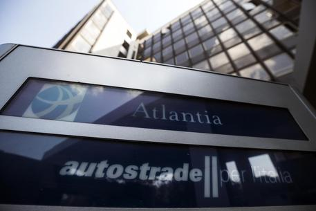 Aspi: 'Con revoca rischio default per 19 miliardi'