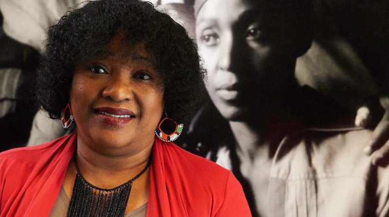 Sudafrica in lutto: Zindzi Mandela morta all'età di 59 anni