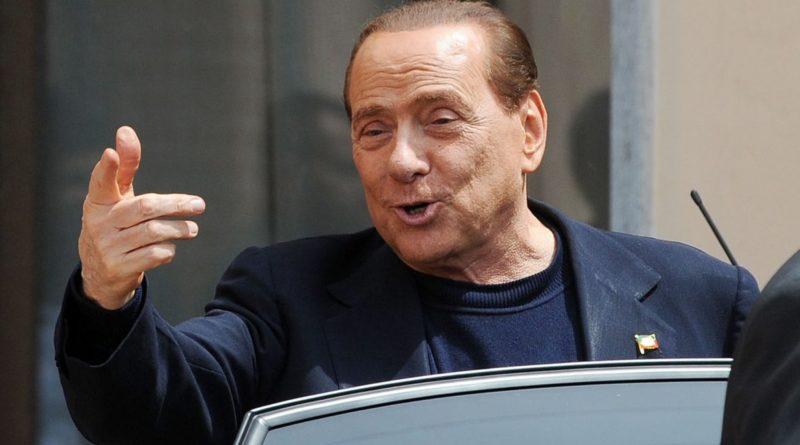 Prodi e l'apertura a Berlusconi: 'Non è un tabù, Forza Italia nella maggioranza'