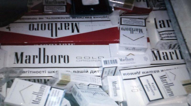 Sequestrate 2 tonnellate di sigarette, 6 arresti a Napoli