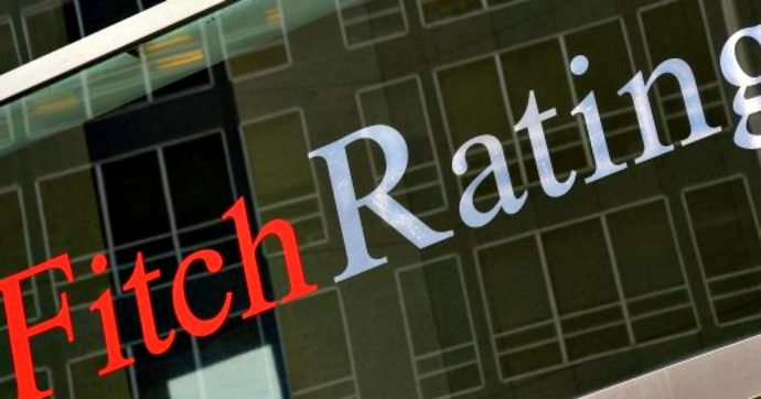 Fitch conferma il rating dell'Italia a BBB-, outlook stabile