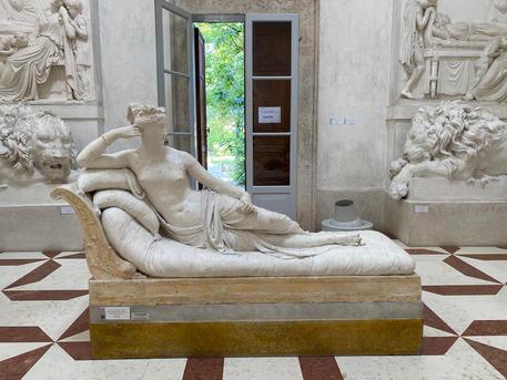 Danni alla statua del Canova, è stato un turista austriaco
