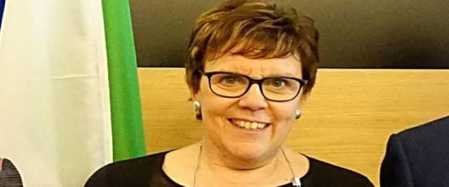 Paola Pessina, dopo gli insulti a Giorgia Meloni, si dimette dalla Fondazione Cariplo