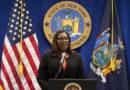 New York fa causa alla Nra, 'La lobby delle armi va sciolta'