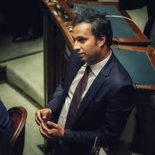 Sergio Battelli, il 5 Stelle con la terza media e la passione per il rock che 'gestirà' il Recovery fund