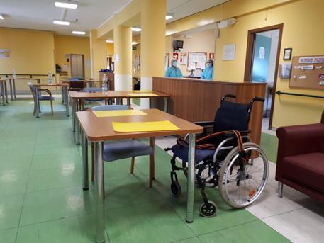Coronavirus: Nas nelle Rsa a Como, sequestrate 363 cartelle deceduti
