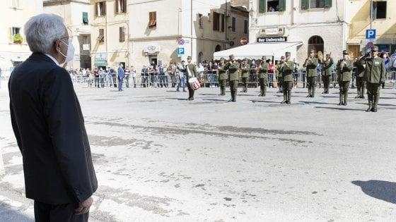 Mattarella difende gli italiani: la replica a Boris Johnson