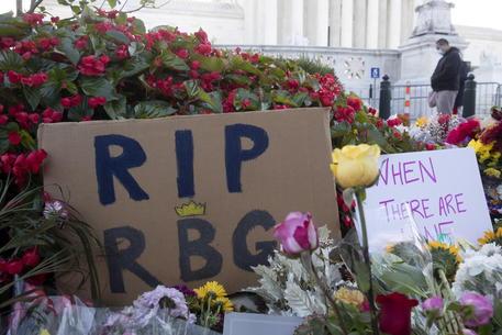 Usa, morta giudice Corte Suprema Ruth Bader Ginsburg, braccio di ferro sulla successione