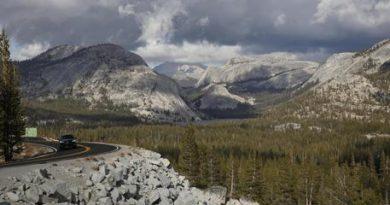 Usa: incendi California, chiude parco nazionale Yosemite