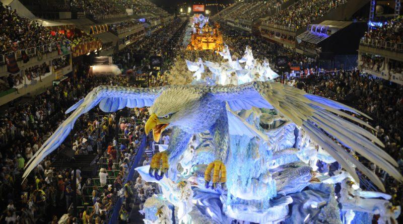 Coronavirus, Carnevale di Rio rinviato: non accadeva dal 1912