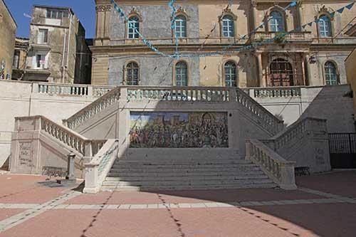 L'ex convento di Sant'Agostino sarà la nuova sede del Museo regionale della Ceramica:firmato il contratto, attorno al 20 ottobre la consegna dei lavori. Il sindaco Ioppolo: 'Si realizza un sogno lungo quasi 35 anni'