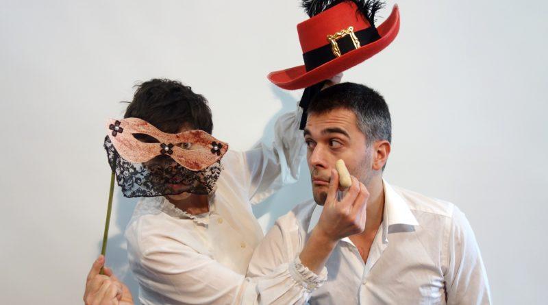 Sabato 24 ottobre ore 11:30 debutta la nuova produzione del Teatro nel Baule 'All'ombra di un grosso naso. La storia di Cyrano de Bergerac'