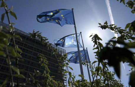 Belgio, coprifuoco anticipato alle 22 a Bruxelles