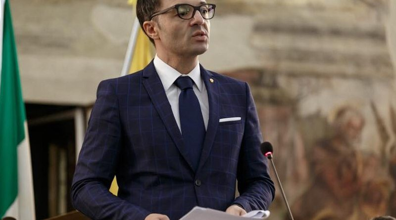 Allarme Confesercenti Campania: 'Un esercito di imprese verso il fallimento o nelle mani della criminalità'