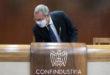 Confindustria, industria mondo sotto scacco, Italia resiste